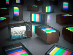 tvs-antigas-amontoadas-com-tivessem-sido-abandonadas-e-trocadas-pela-webtv